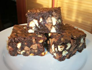 Choc chip brownie