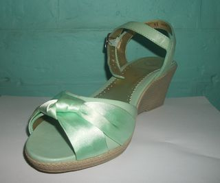 Shoes that are green