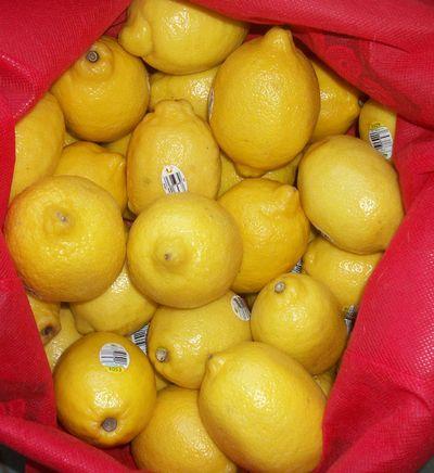 40 lemons