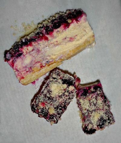Blueberry crumble ice cream slice