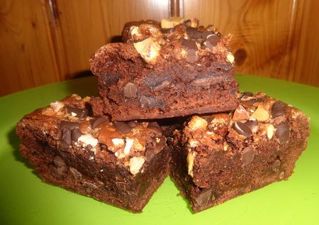 Salted pecan brownies