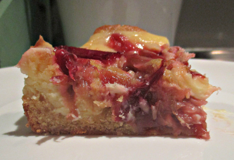 Rhubarb cream cheeseblondie slice