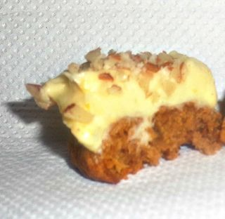 Carrot cake biscuit