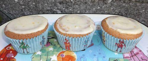 Little orange tea cakes