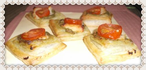 Pesto Cheese Puffs