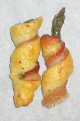 Asparagus bacon rolls
