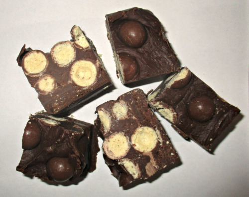 Malteser chocolate fudge